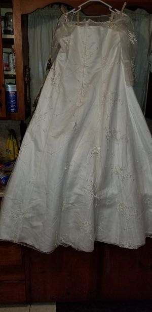 Wedding dress for Sale in Lake Alfred, FL
