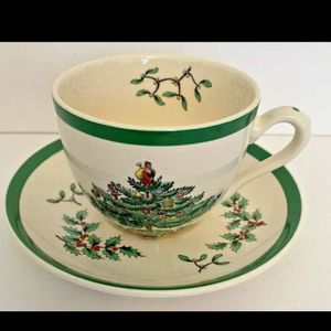 Spode Christmas Tree Coffee Tea Cups And Saucers Set for Sale in San Diego, CA