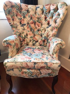 Antique Butterfly Wingback Chair for Sale in Santa Monica, CA