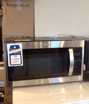 New whirlpool over the range microwave WMH31017HS for Sale in Hawthorne, CA