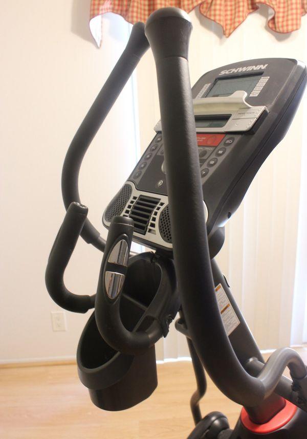 Schwinn 430 Elliptical Cross-Trainer Exercise Workout Machine Fitness Home Gym