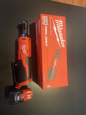 Milwaukee M 12 non-fuel 3/8 ratchet for Sale in Los Angeles, CA