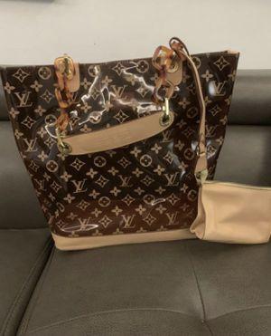 Woman bag for Sale in Hialeah, FL