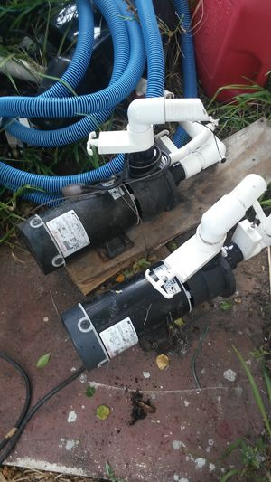 2 hot tub spa pumps for Sale in Coral Springs, FL
