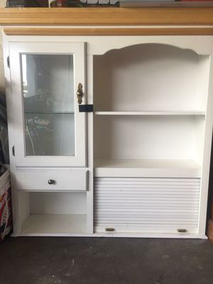 2 piece kitchen cabinet for Sale in Riverside, CA