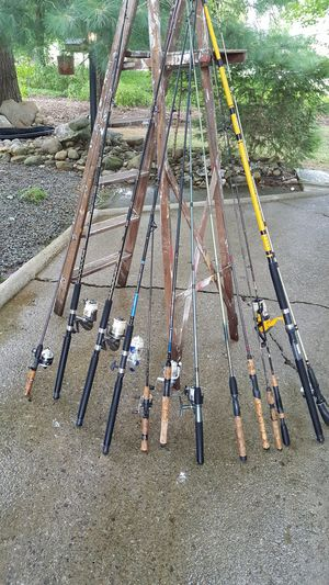 Fishing rods. for Sale in Masury, OH