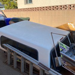 Ford Square Body Shell. FREE!!! Came off of a 1994 F150 Short Bed. for Sale in Upland,  CA