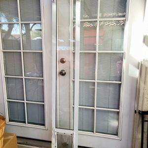 Medium Sized Patio Doggie Door for Sale in Chandler, AZ