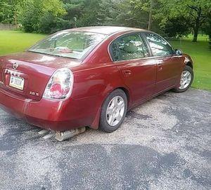 Se vende Nissan altima 2003 precio 1,800 info {contact info removed} for Sale in Richmond, VA