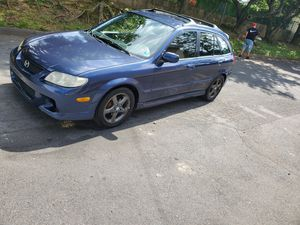 2002 mazda protege 5 5SPEED for Sale in Reading, PA