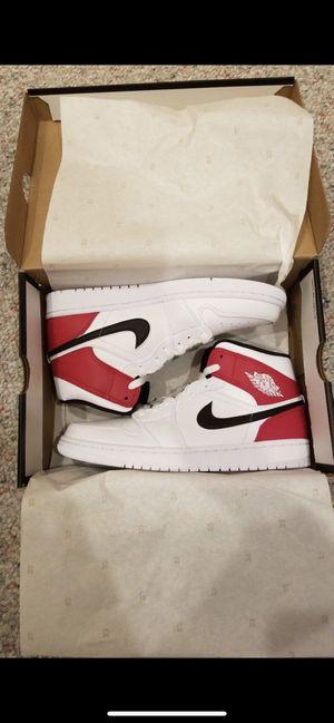 Jordan 1 Mid White Black Gym Red Size 9 for Sale in Marysville, WA