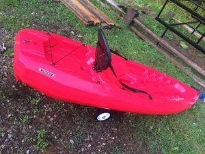 8ft kayak for Sale in Charleston, WV