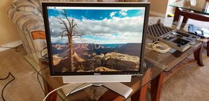 Dell 2007FPb 20 inch monitor for Sale in Tigard, OR