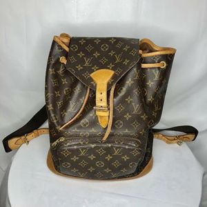 Classic Authentic Louis Vuitton Monogram Backpack for Sale in West Hollywood, CA