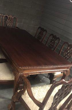 Elegant Traditional Dining Table for Sale in Salt Lake City,  UT