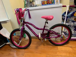 "Schwinn Deelite Bike for girls 20"" for Sale in West Laurel, MD"