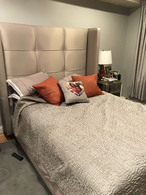 Z Gallerie Nina Queen Bed for Sale in Washington, DC