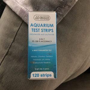 Aquarium Test Strips 6-1 for Sale in Las Vegas, NV