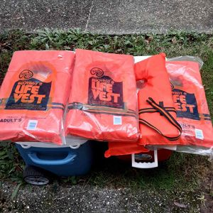 "Four Life Vest Adults 30-52""chest for Sale in Lynnwood, WA"