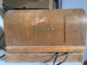 1949 collectible singer sewing machine *works for Sale in Young, AZ
