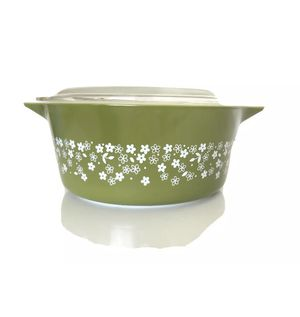 Vintage Pyrex Casserole Dish 2.5 qt for Sale in Plano, TX