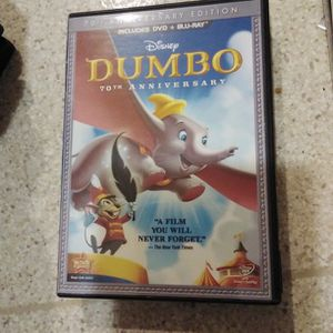 WALT DISNEYBLU-RAY + DVD DUMBO THE 70TH ANNIVERSARY EDITION for Sale in Yakima, WA