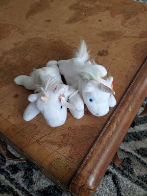 Two unicorn 🦄 beanie babies for Sale in Saint Charles, MO
