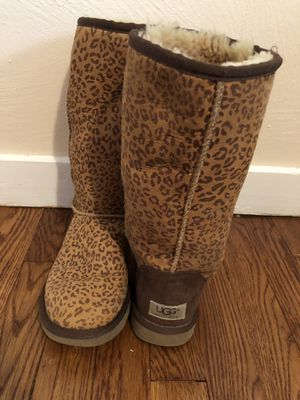 Rare Leopard/ Cheetah Uggs! Size 7! for Sale in Pittsburgh, PA