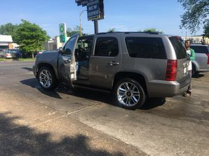 2007 Chevy Tahoe LTZ for Sale in Capitol Heights, MD
