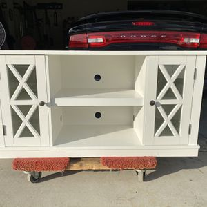 New Country Style Entertainment Center/TV Cabinet ! for Sale in Menifee, CA
