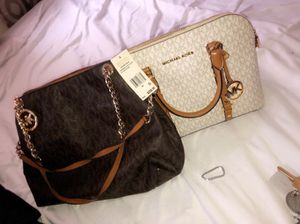 MICHAEL KORS BAGS AND SHOES (BRAND NEW) for Sale in Columbus, OH