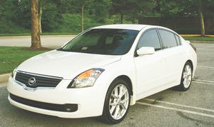 Automatic transmission 2007 Nissan Altima Heat good for Sale in Boston, MA