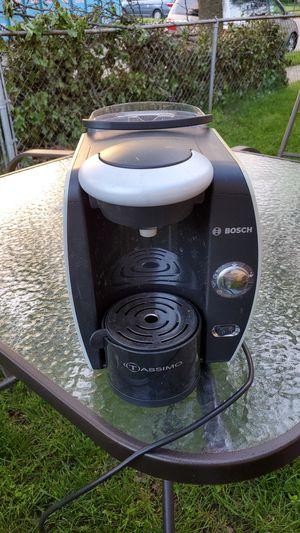Bosch Tassimo t45 coffee maker for Sale in Pennsauken Township, NJ
