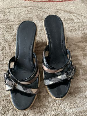 Burberry slip on sandal size 37 for Sale in Mount Prospect, IL