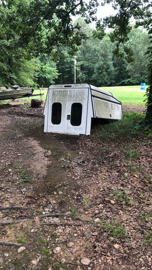 Truck camper bed with storage for Sale in Downsville, LA
