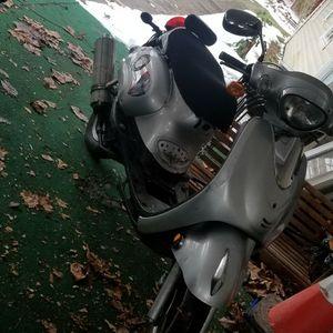 Znen zn150 Moped for Sale in Buckhannon, WV