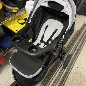 Graco Stroller With Infant Car seat for Sale in Purcellville, VA