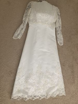 A line Size 14 Wedding Dress paid $750 asking $75 for Sale in Olney, MD