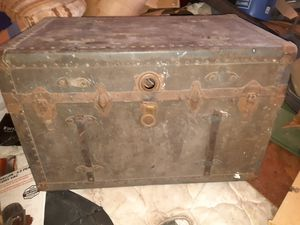 Old army trunk for Sale in Colorado Springs, CO