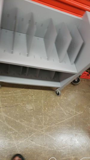 File cabinet on wheels 16×26×27 inches for Sale in Bowie, MD