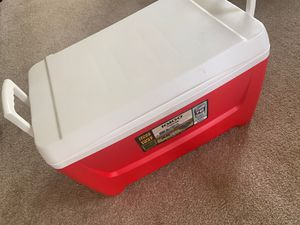 Cooler for Sale in Chantilly, VA