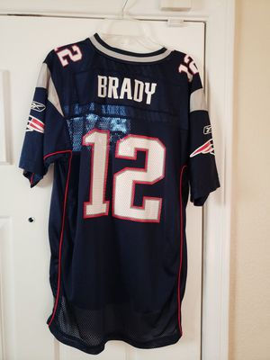 Tom Brady New England Patriots a youth size large 18 to 20 Jersey for Sale in Chino, CA