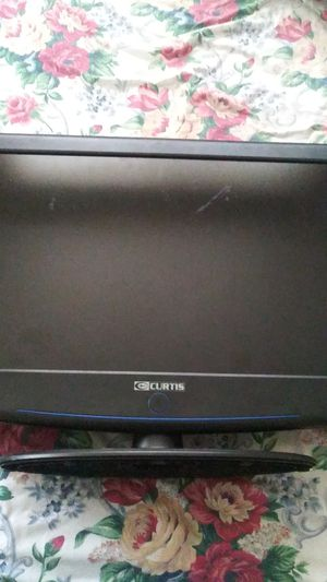 32 inch Curtis brand tv/dvd combo for Sale in Pittsburgh, PA