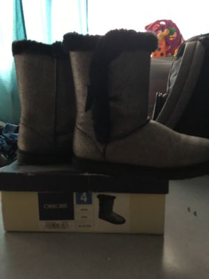 Girls size 4 for Sale in National City, CA
