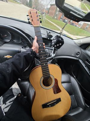 acoustic guitar for Sale in Rockford, IL