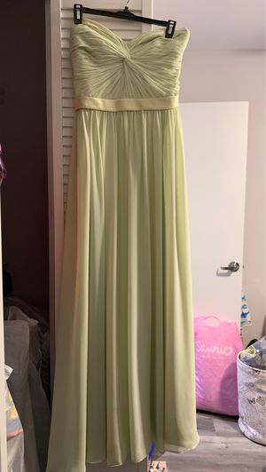 Beautiful light green gown or dress. for Sale in Opa-locka, FL