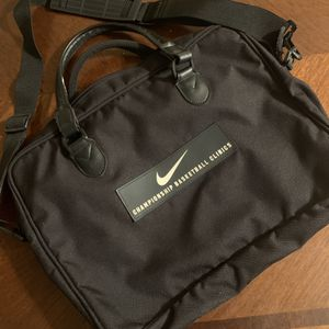 💻🗂✔️ Nike Basketball Clinic Work Bag for Sale in Fresno, CA