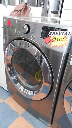 New Lg Front Load Washer and Dryer Set for Sale in Corona, CA
