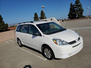 2004 Toyota siena for Sale in Santa Maria, CA