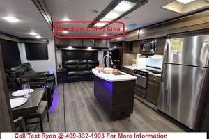 LAST 2019 Highland Ridge Silverstar 323RLS Luxury Travel Trailer FINANCING AVAILABLE for Sale in Alvin, TX
